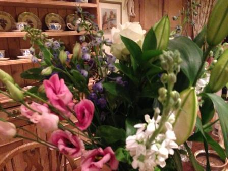 Seven year anniversary flowers